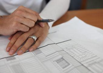 Why Should I Choose a Custom Home Builder?